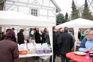 """Fotoalbum """"Die Kirchengemeinde auf dem Weihnachtsmarkt in Calberlah 2011"""""""